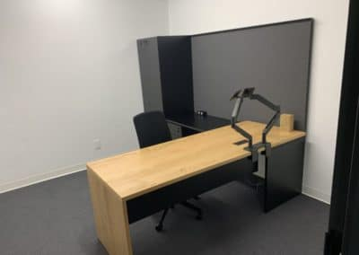Office furniture workstation - single room / home office example